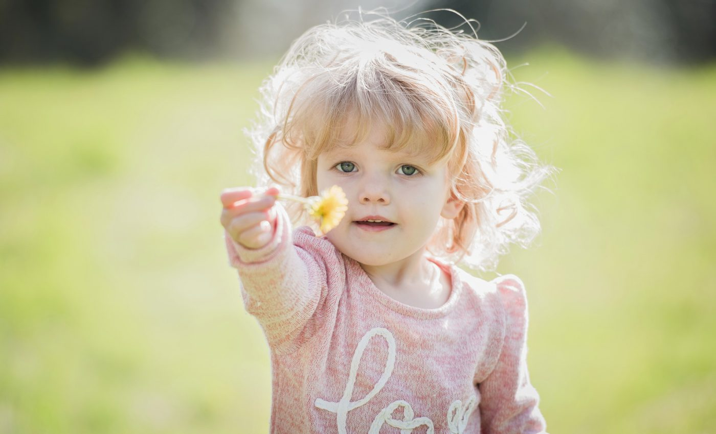 copil de cristal - sfatulparintilor.ro - pixabay_com - child-3089906_1920