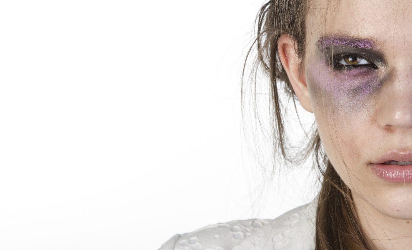 violenta in familie - sfatulparintilor.ro - pixabay_com - womens-2418421_1920