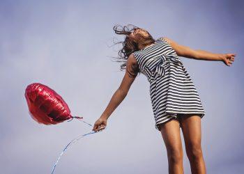zodie bucurie - sfatulparintilor.ro - pixabay_com - joy-2483926_1920