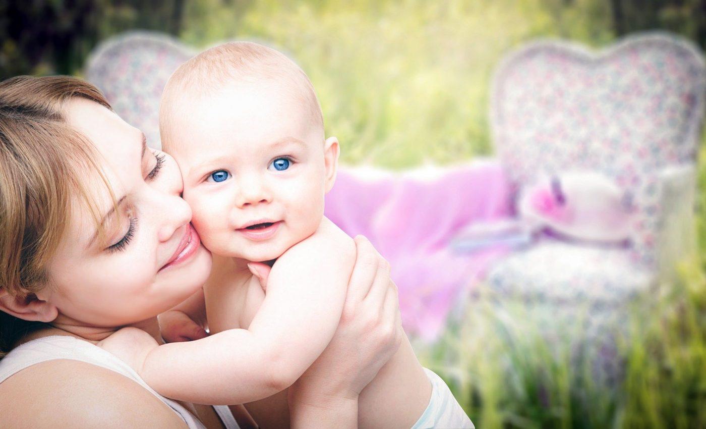 Relatia parinti-copii - sfatulparintilor.ro - pixabay-com - mother-3389671_1920