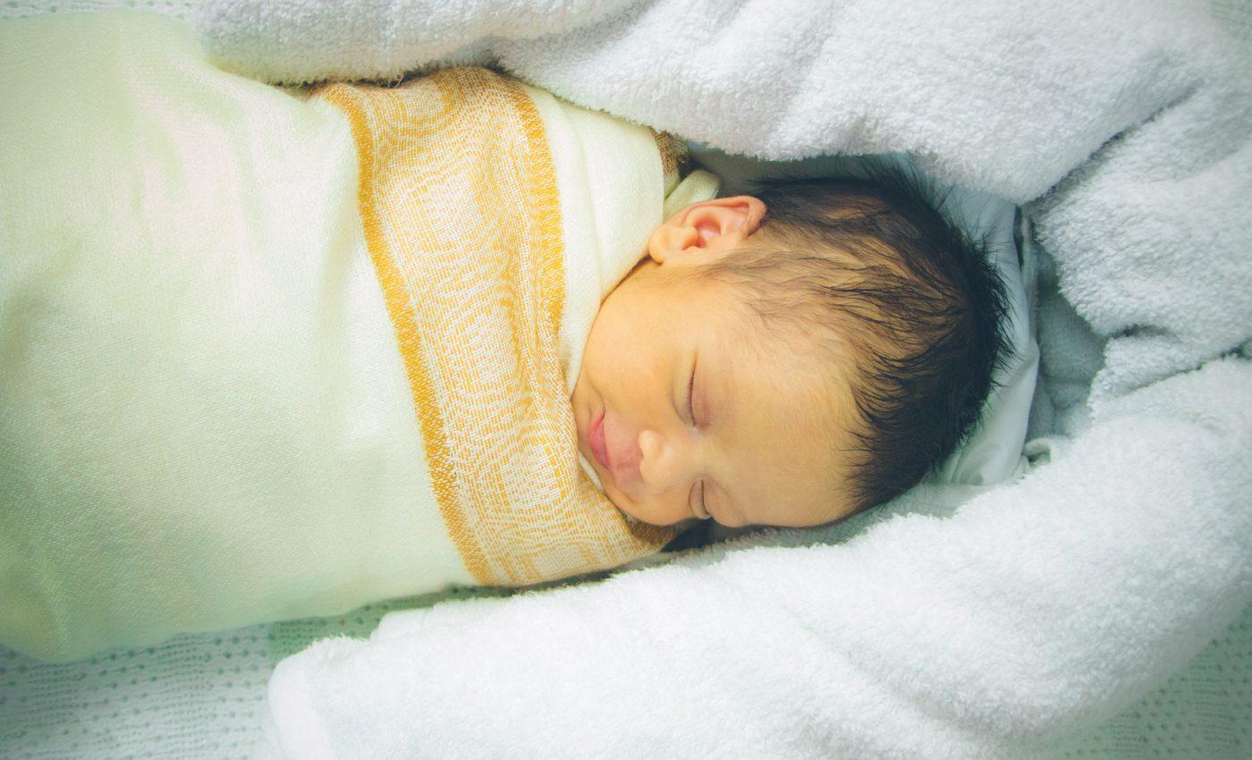 Tulburari de somn la copii - sfatulparintilor.ro - pixabay_com - newborn-4397155_1920