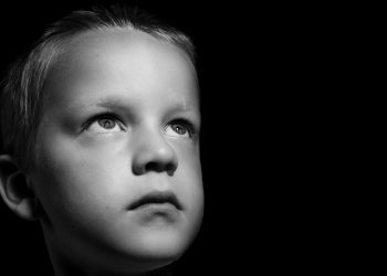 bataie copii - sfatulparintilor.ro - pixabay_com - sad-219721_1280