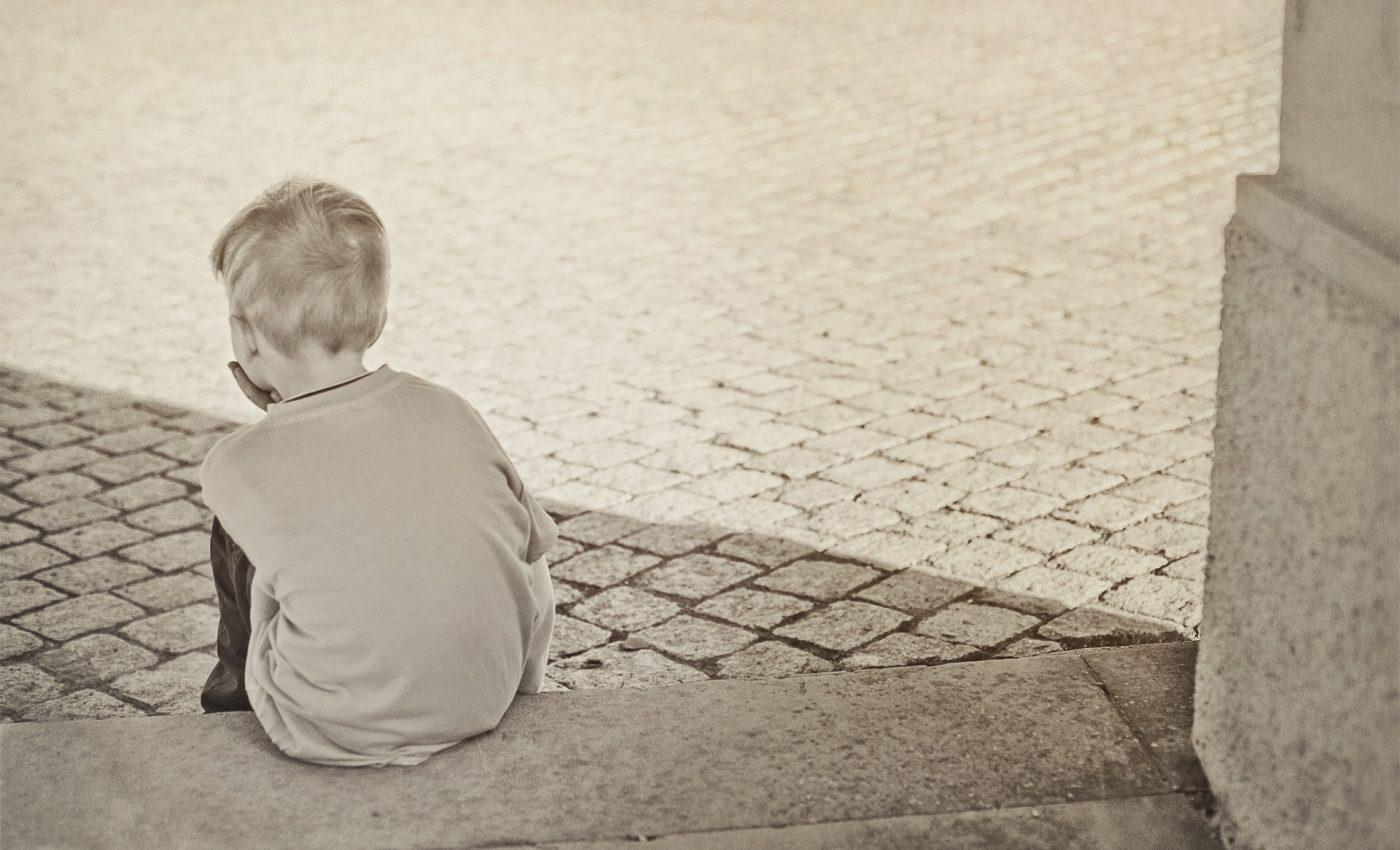 copil furie - sfatulparintilor.ro - pixabay_com - lonely-604086_1920