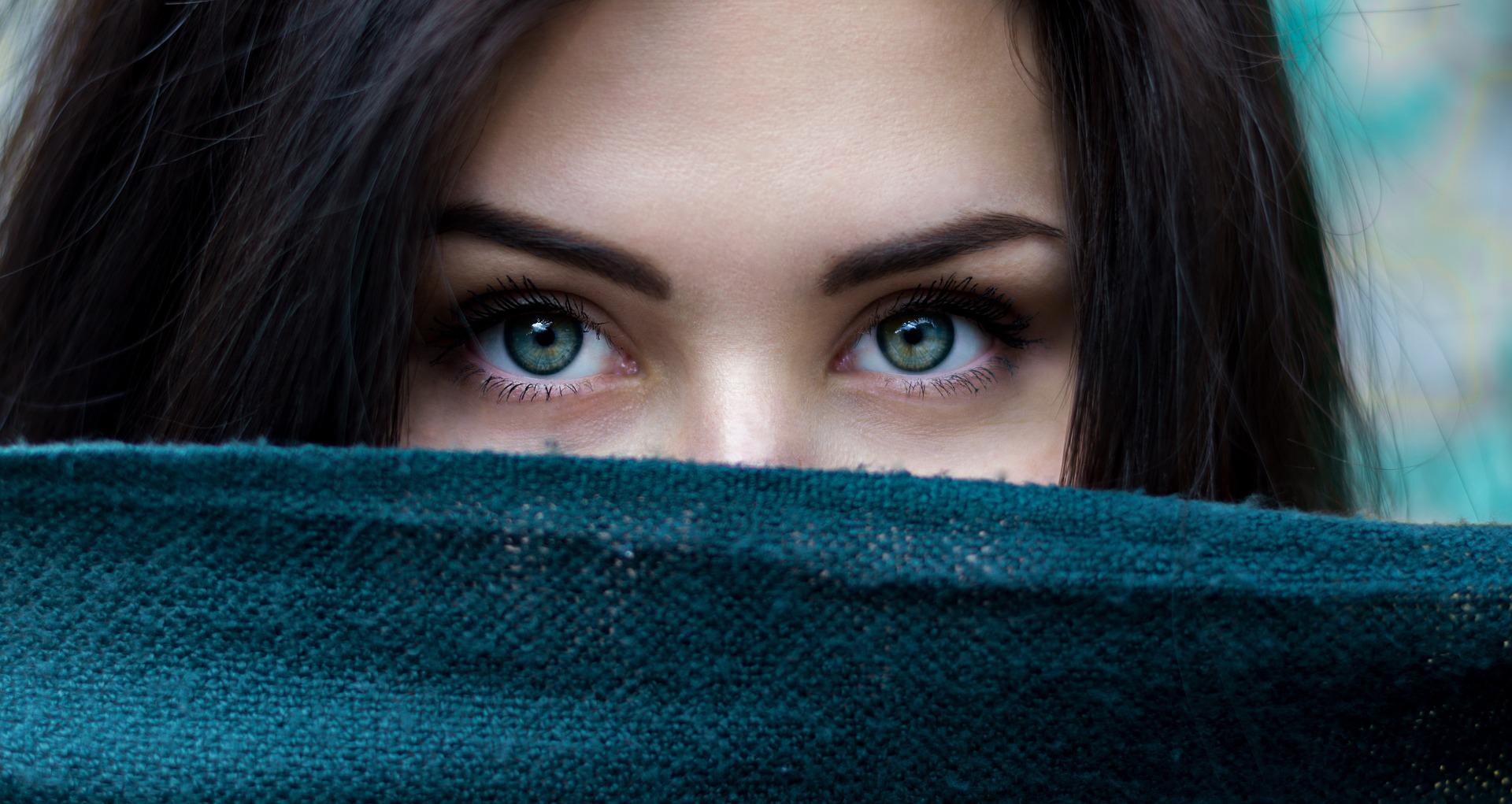 frumusete cu bicarbonat de sodiu - sfatulparintilor.ro - pixabay_com - people-2605526_1920