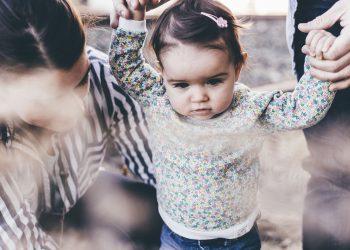incredere copii parinti - sfatulparintilor.ro - pixabay_com - people-2576166_1920