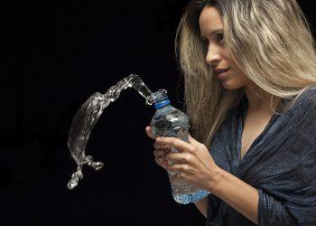 recipient apa - sfatulparintilor.ro - pixabay-com - model-2339813_1920