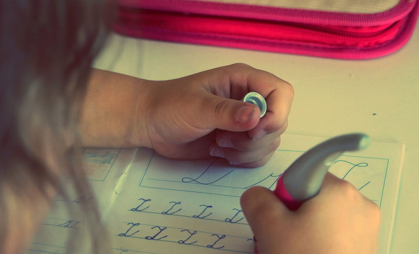 teme pentru acasa - sfatulparintilor.ro - pixabay_com - child-2619902