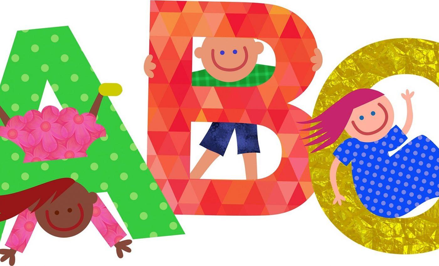 Cum sa iti inveti copilul alfabetul