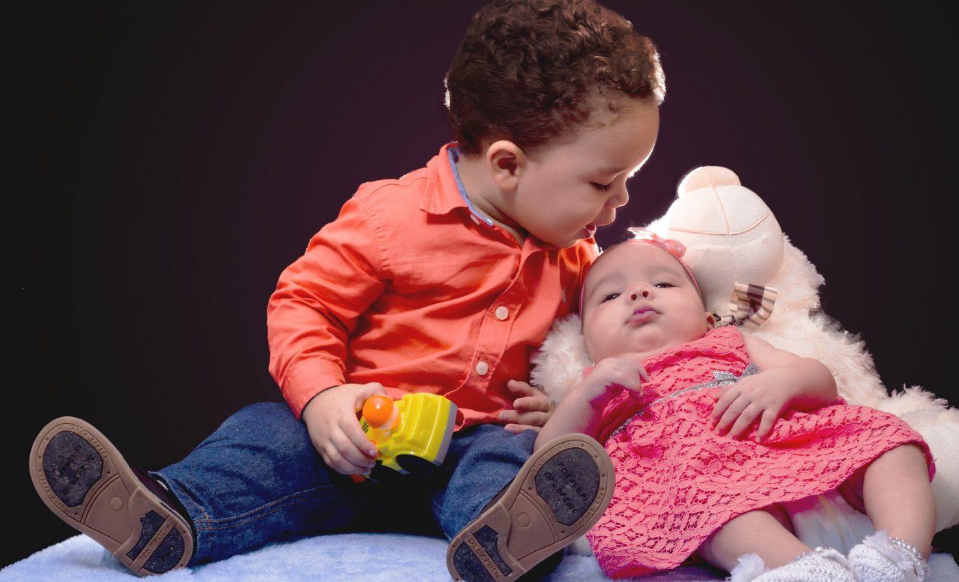 doi copii - sfatulparintilor.ro - pixabay_com - toddles-1399701_1920