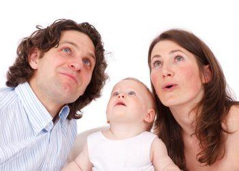 comportamente interzise copiilor mici - sfatulparintilor.ro - pixabay_com - adult-17329_1920