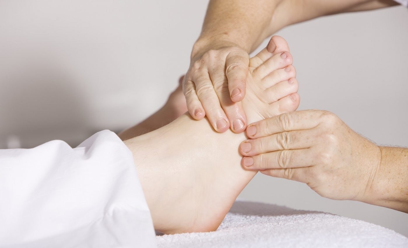 remedii durere - sfatulparintilor.ro - pixabay_com - physiotherapy-2133286_1920