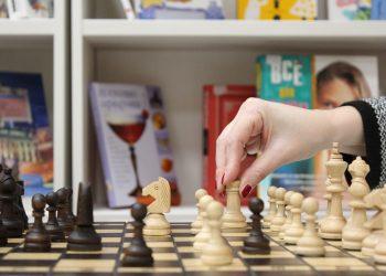 semne ca esti mai inteligent - sfatulparintilor.ro - pixabay_com - chess-1163623_1920
