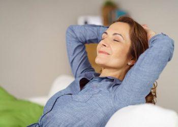 Tehnici de relaxare care te ajuta sa nu te mai enervezi usor. Familia ta iți va mulțumi