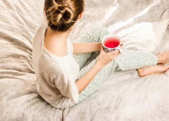 trezit dimineata - sfatulparintilor.ro - pixabay_com - morning-girl-2715280_1920