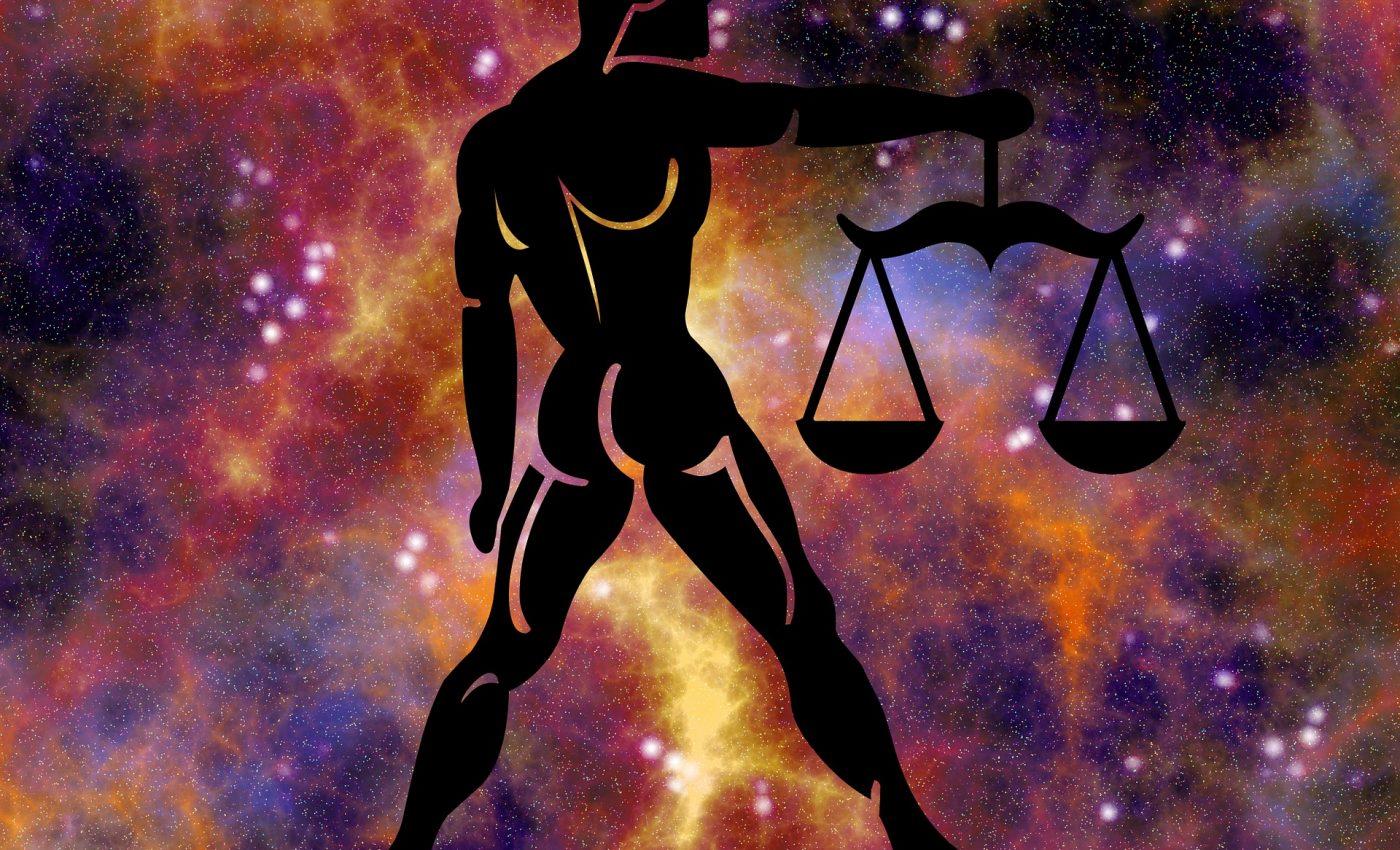 zodiac-balanta-horoscop - sfatulparintilor.ro - pixabay_com - 1647160_1920