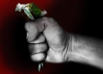 abuz emotional - sfatulparintilor.ro - pixabay_com - illustration-2223973_1920
