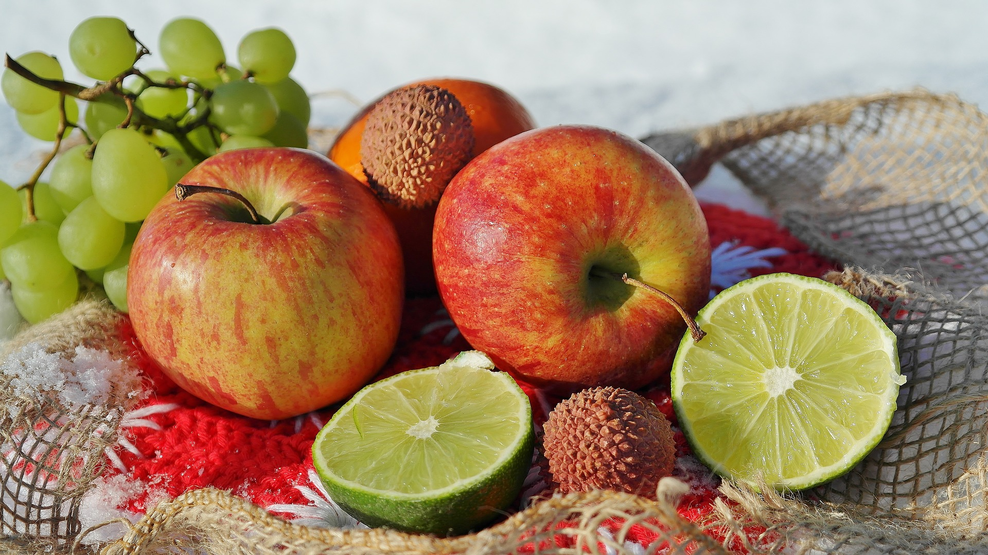alimente iarna - sfatulparintilor.ro - pixabay_com - fruit-1987195_1920