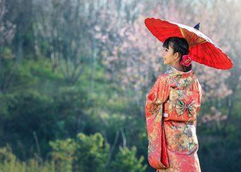 femei japoneze - sfatulparintilor.ro - pixabay_com - beauty-1822520_1920