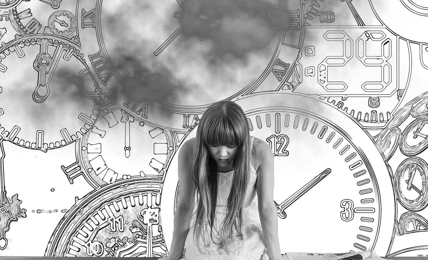 greseli trecut - sfatulparintilor.ro - pixabay-com - girl-2786277_1920