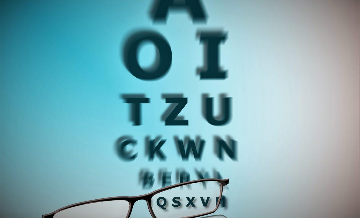 ochi buni - ochelari - sfatulparintilor.ro - pixabay_com - glasses-928465