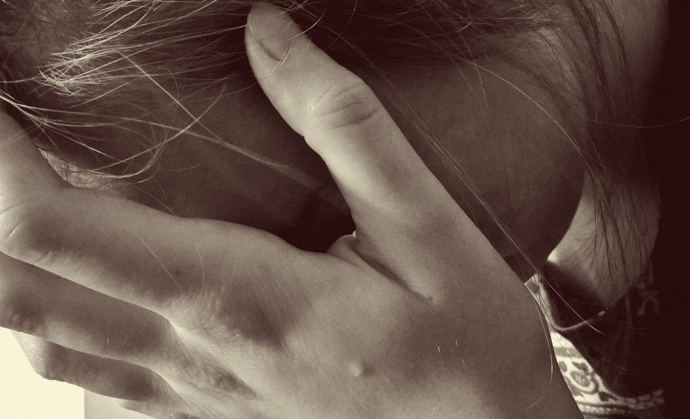 accident vascular cerebral - sfatulparintilor.ro - pixabay_com- woman-1006102