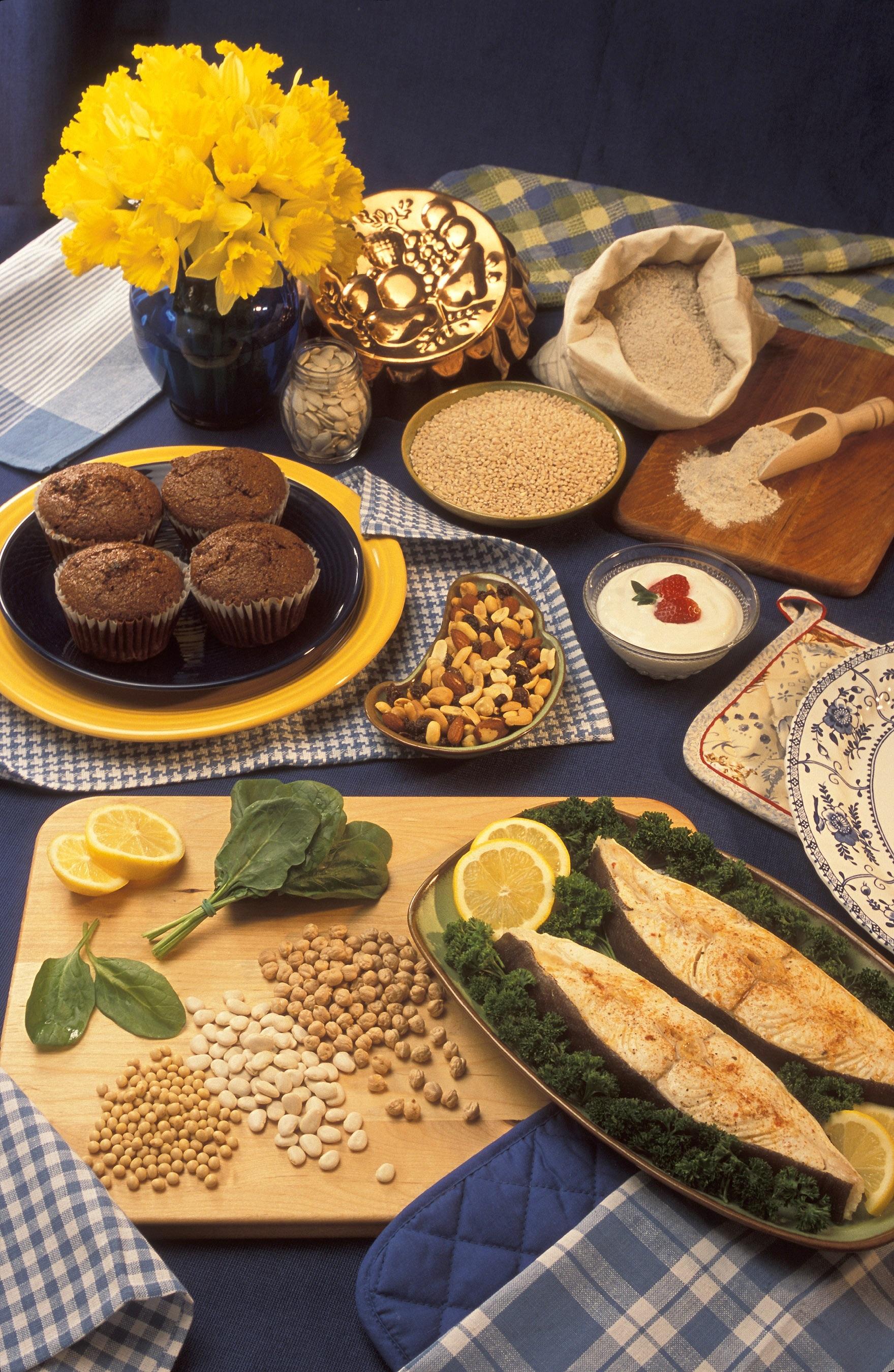 alimente magneziu - sfatulparintilor.ro - pixabay_com- presentation-table-1418187