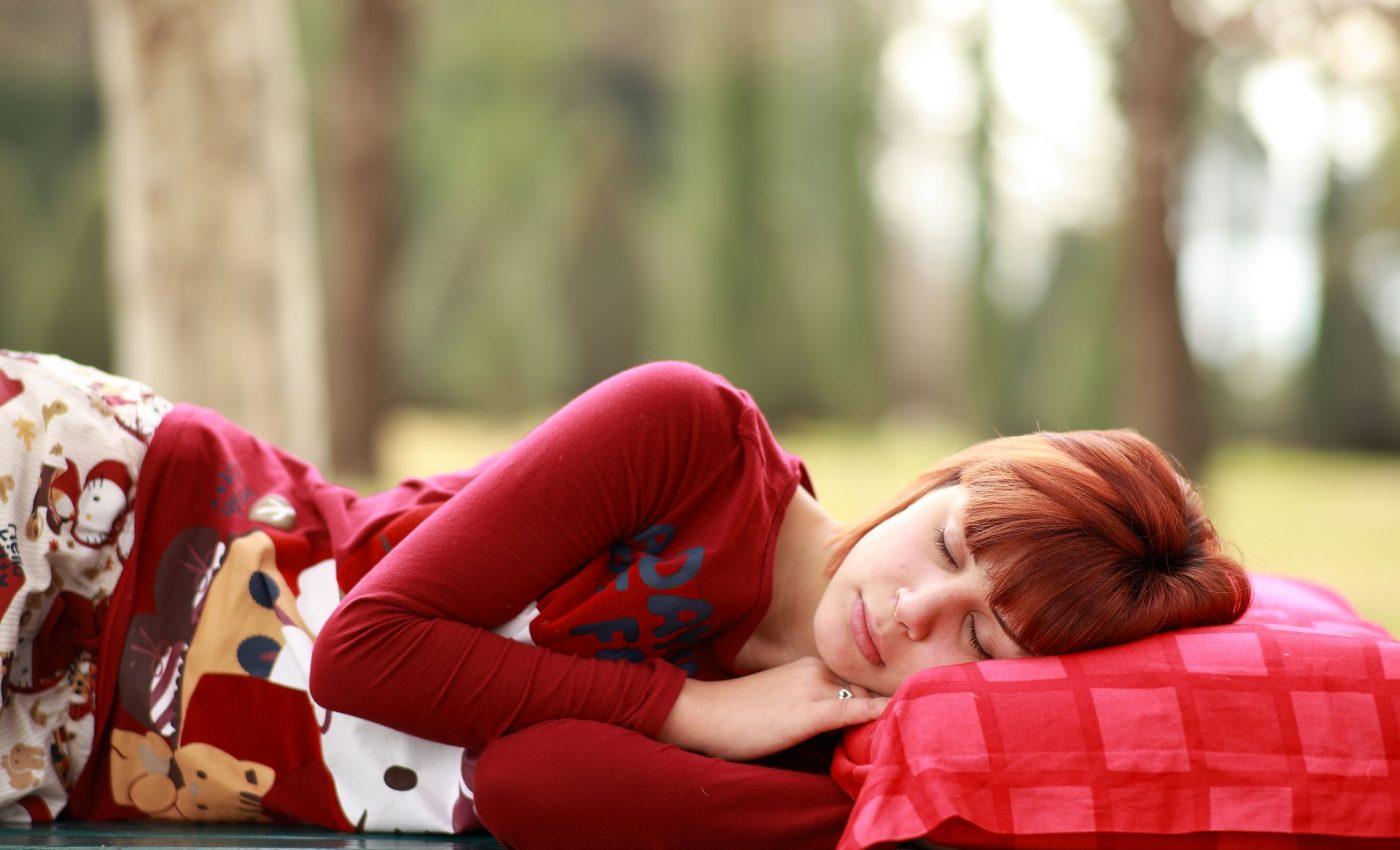 esti tot timpul obosit - sfatulparintilor.ro - pixabay_com - sleep-2603545_1920