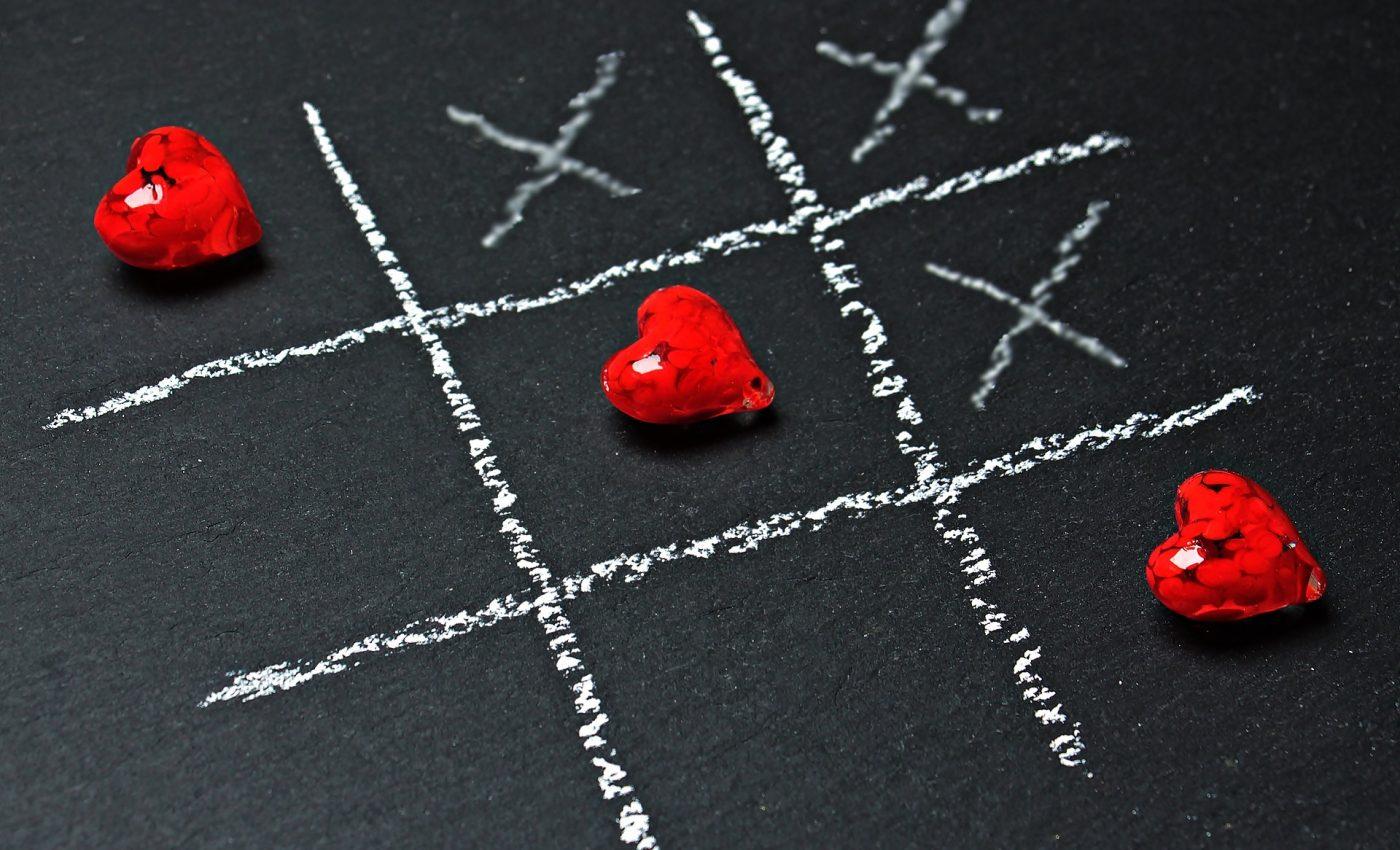 horoscop dragoste 2018 - sfatulparintilor.ro - pixabay-com - tic-tac-toe-1777859_1920