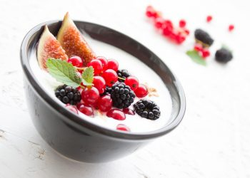 mic dejun care stimuleaza imunitatea - sfatulparintilor.ro - pixabay_com - yogurt-1786329_1920
