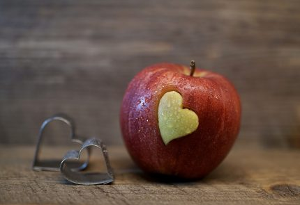 declaratii de dragoste - sfatulparintilor.ro - pixabay_com flower-3086674_1920