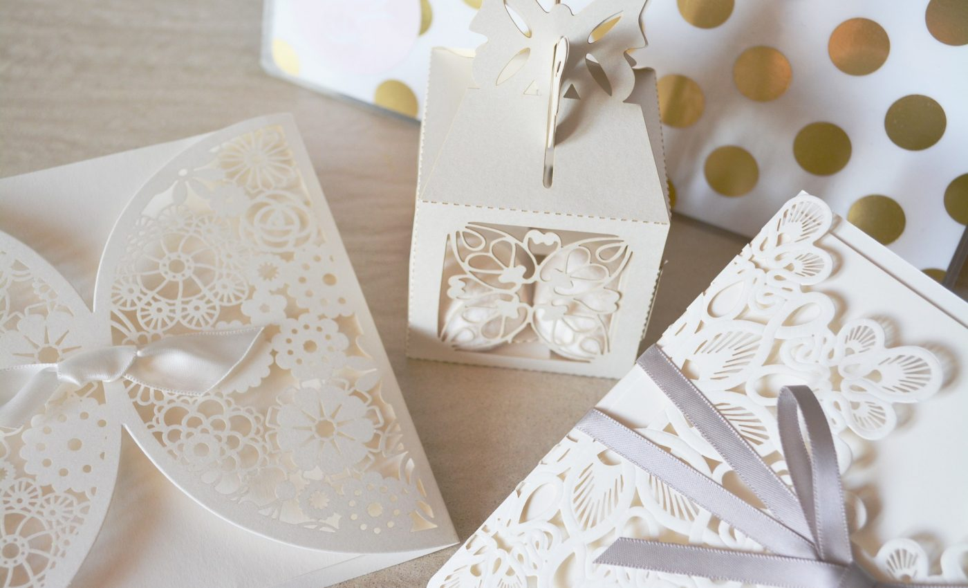 invitatii nunta - sfatulparintilor.ro - pixabay_com - wedding-1760024_1920