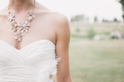 rochii de mireasa - accesorii - sfatulparintilor.ro - pixabay_com - wedding-1594957