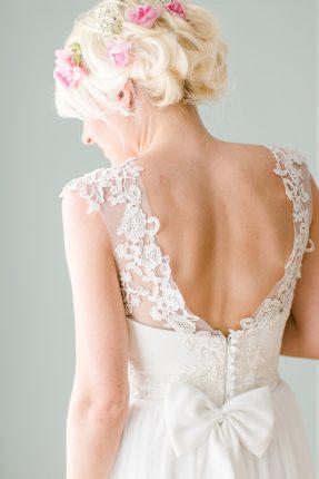 rochii de mireasa - cumpara devreme - sfatulparintilor.ro - pixabay_com - bride-2121788_1920