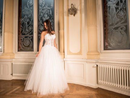 rochii de mireasa - ia si pozele - sfatlparintilor.ro - pixabay_com - wedding-dress-301817