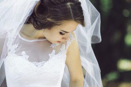 rochii de mireasa - mai ieftin - sfatulparintilor.ro - pixabay_com - wedding-2367561