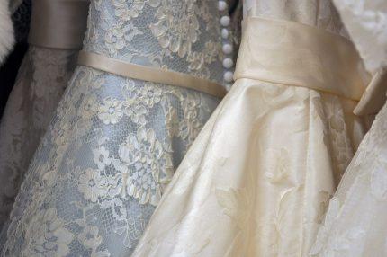 rochii de mireasa - programare straintate - sfautlparintilor.ro - pixabay_com - gown-2588238_1920