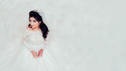 rochii de mireasa - silueta - sfatulparintilor.ro - pixabay_com - people-2595860