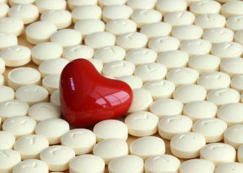 Cele mai periculoase combinatii de medicamente si alimente - sfatulparintilor.ro -pixabay__com - about-3758127_1920