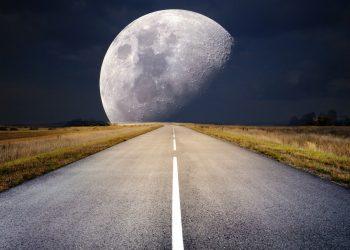 Horoscop weekend - sfatulparintilor.ro - pixabay_com - moon-2285627