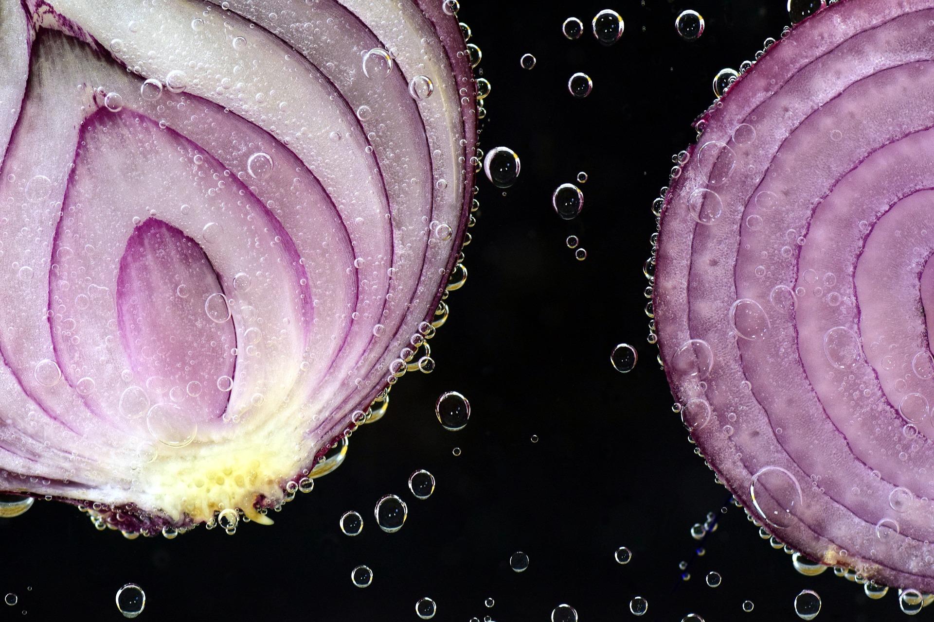 ceai de ceapa - sfatulparintilor.ro - pixabay_com - onion-2699531_1920