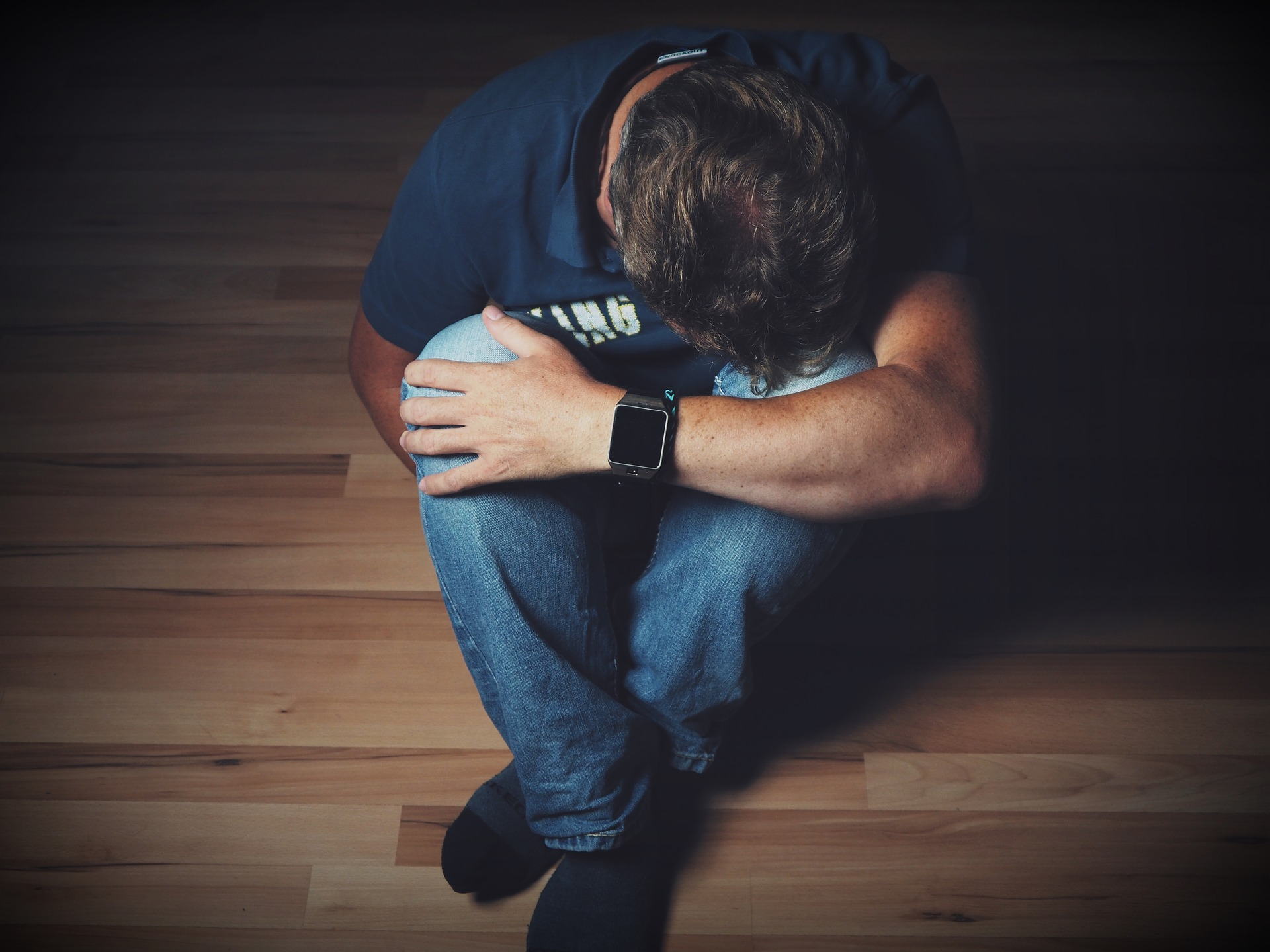 depresia la barbati - sfatulparintior.ro - pixabay_com - man-2734073_1920