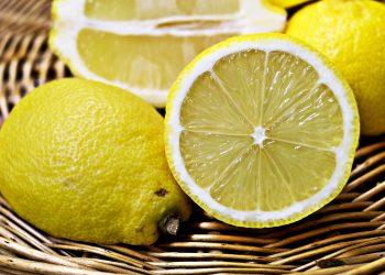 lamaie taiata - sfatulparintilor.ro - pixabay_com - lemons-1132558