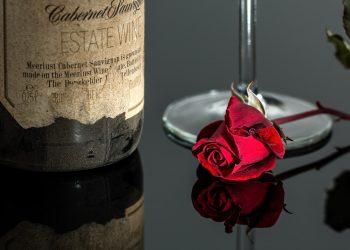 cadouri Ziua Indragostitilor- sfatulparintilor.ro - pixabay_com - rose-1024710_1920