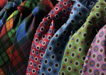 Semnificatia culorilor la birou - sfatulparintilor.ro - pixabay_com - neckties-210347_1920