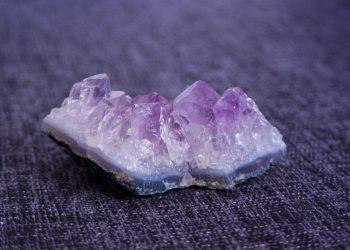 cristale terapeutice - sfatulparintilor.ro - pixabay-com - body-crystal-3190470_1920
