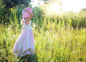 fericire zodie - sfatulparintilor.ro - pixabay_com - little-girl-2516582_1920