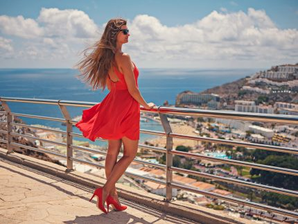 rochii elegante - sfatulparintilor.ro - pixabay_com - gran-canaria-2782172_1920