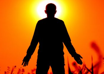 Afirmatii pozitive - sfatulparintilor.ro - pixabay_com - silhouette-1304143_1920