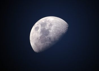 horoscop weekend - sfatulparintilor.ro - pixabay_com - moon-1527501