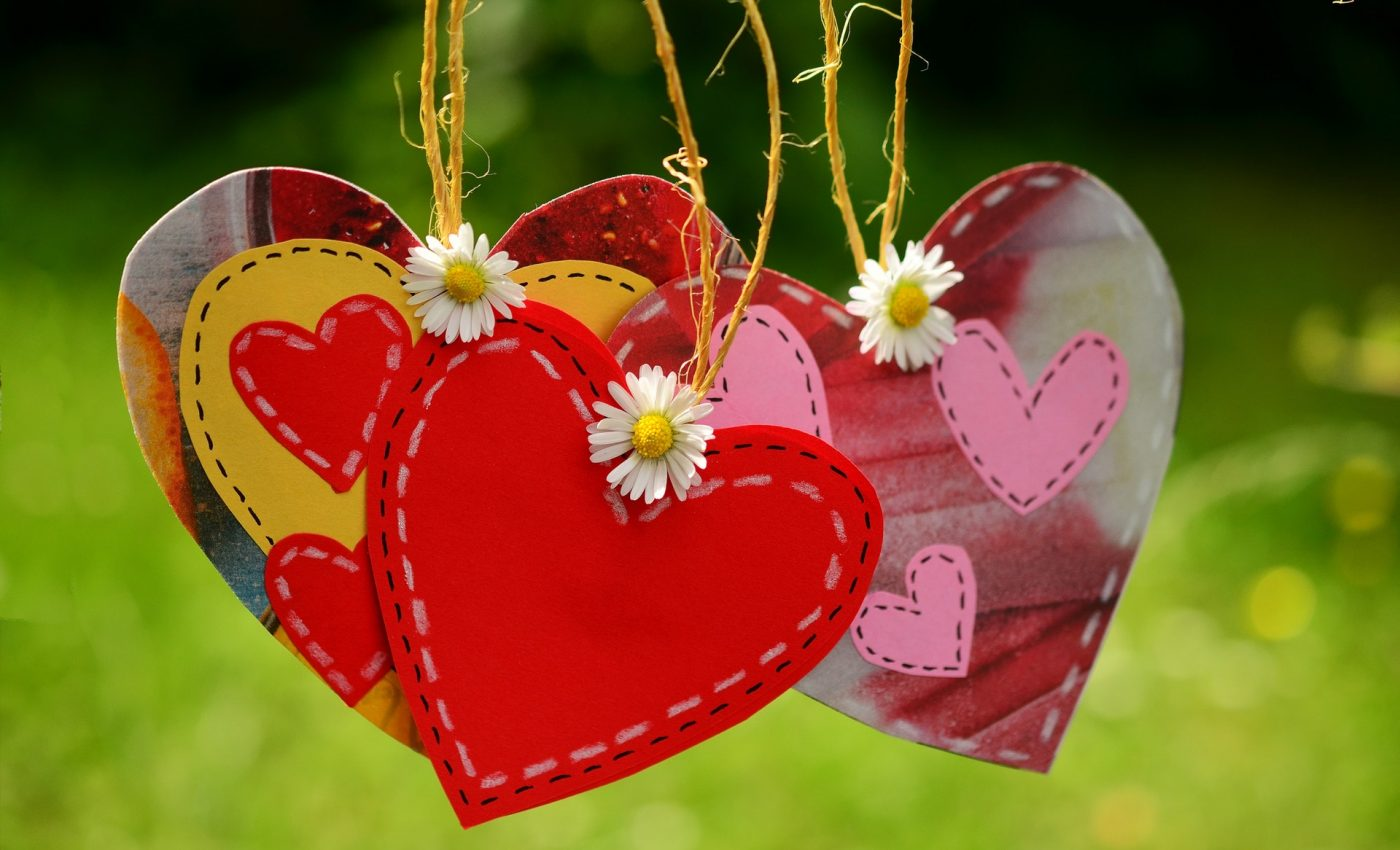 mesaje de dragoste - sfatulparintilor.ro - heart-cord-suspended-love-160836